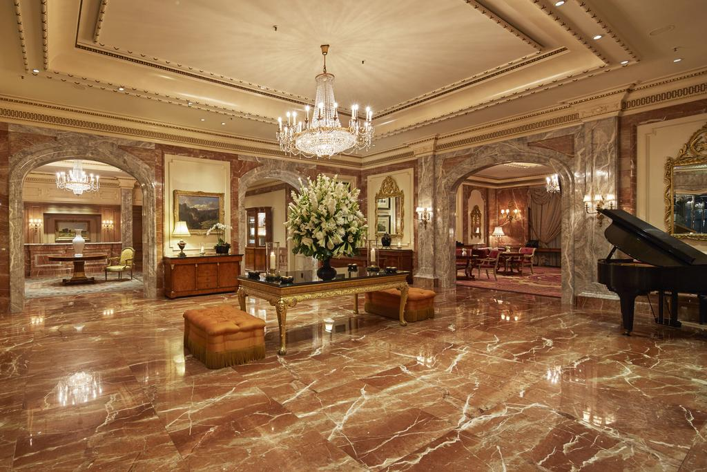Flitterwochenhotels-Hochzeitsreise in Deutschland-Regent-Berlin-5-Sterne-Hotel im klassischen Stil